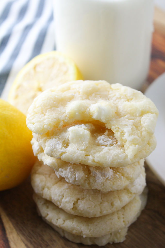 Lemon Crinkle Cookies- a classic chewy lemon cookie made with fresh lemon juice & zest. Plus white chocolate chips!