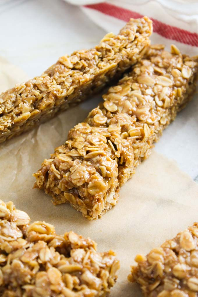 Chewy Butterscotch Granola Bars-15