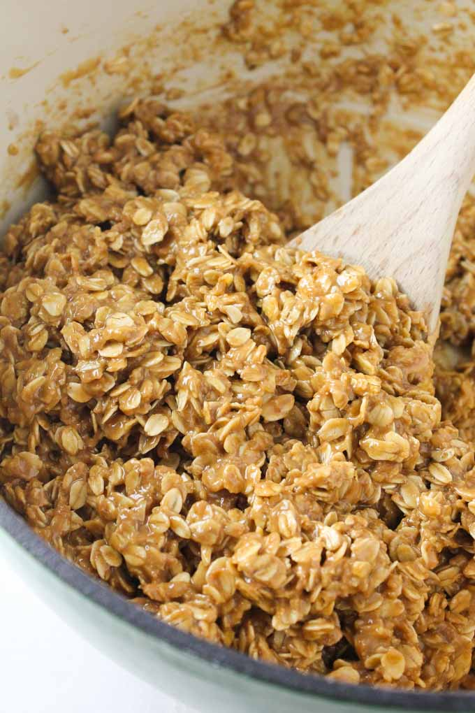 Chewy Butterscotch Granola Bars-8
