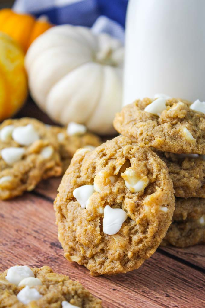 chewy-pumpkin-oatmeal-white-chocolate-cookies-7