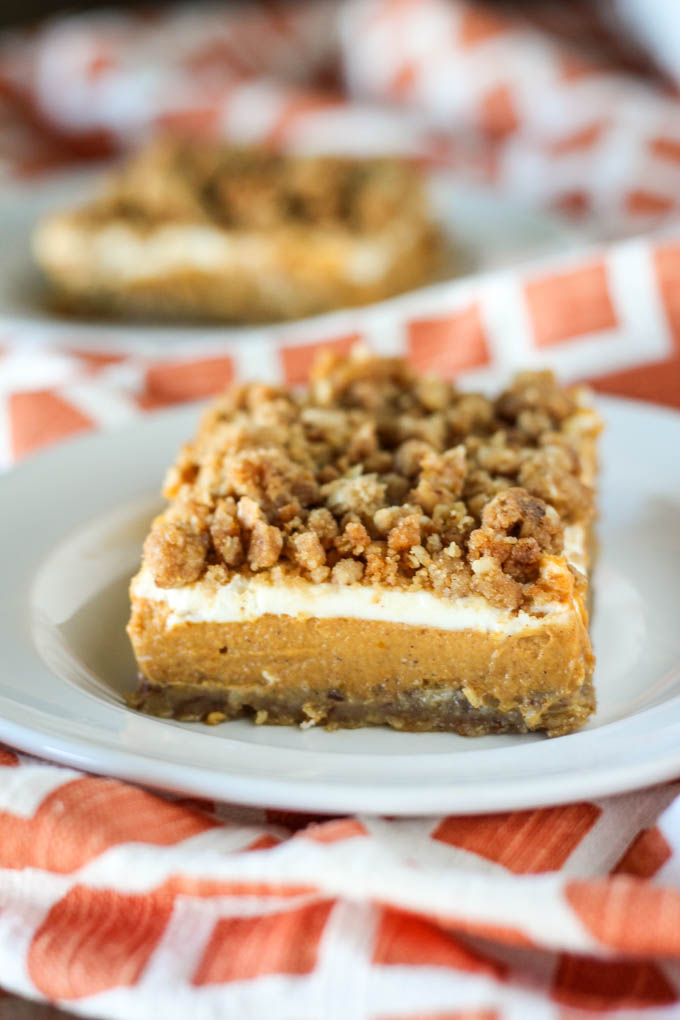 pumpkin-cheesecake-crumble-bars-3