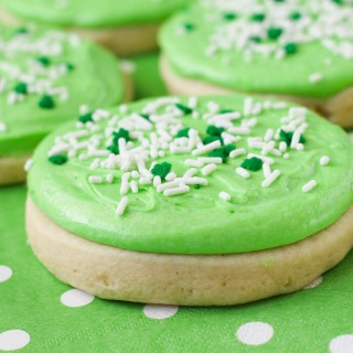 Heavenly Sugar Cookies (Lofthouse Style)
