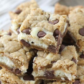 The BEST Chocolate Chip Cookie Cheesecake Bars